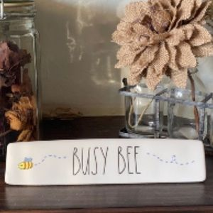 Rae Dunn 🐝 BUSY BEE Desk Sign Paperweight
